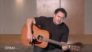 """Léo Jaime ensina a tocar """"A fórmula do amor"""" no TV Cifras"""