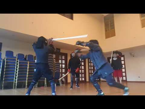 3 vs 1 montante/ greatsword sparring - YouTube