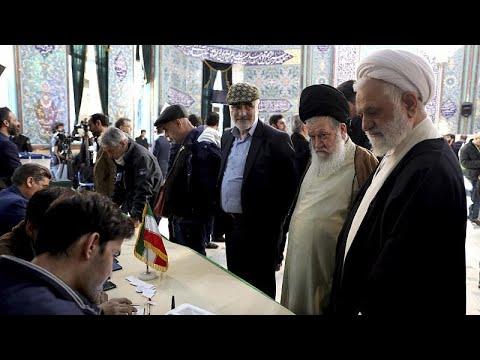 Άνοιξαν οι κάλπες στο Ιράν-Εκτός χιλιάδες μετριοπαθείς υποψήφιοι…