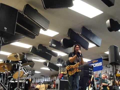 George Lynch Demo, Mammoth Music, Anchorage Alaska 12/3/10