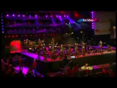 LA MEJOR DE TODAS - BANDA EL RECODO (en vivo, fiesta de la que buena 2012)