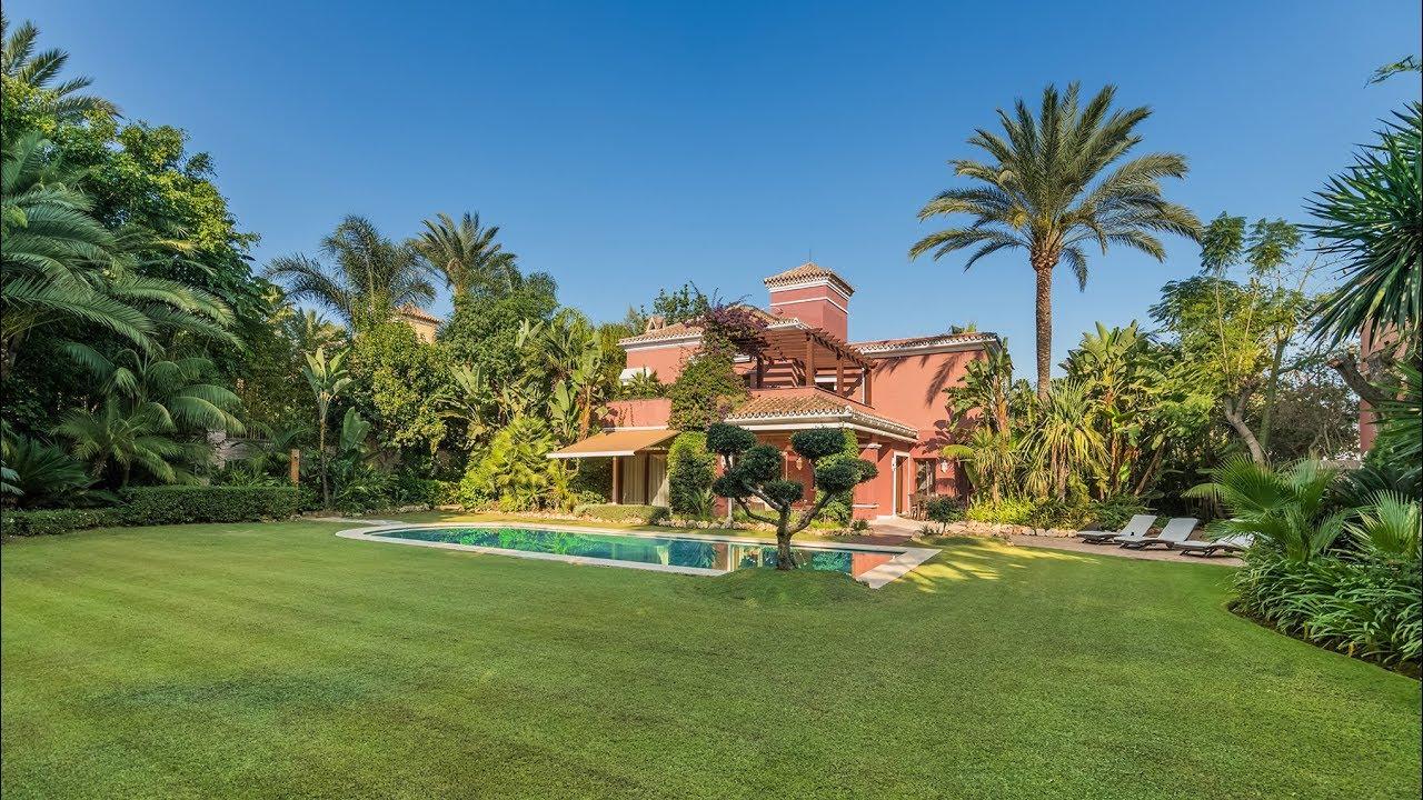 Luxury Villa In Altos De Puente Romano Marbella Spain Drumelia Youtube