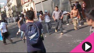 Enfrentamiento en centro de Cuernavaca granaderos vs comerciantes