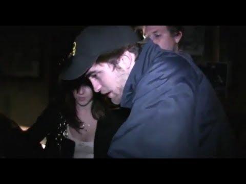 Robert Pattinson and Katy Perry Texting