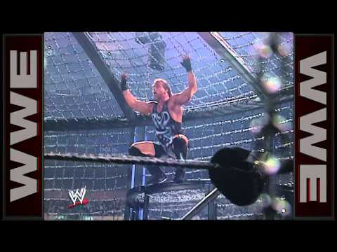 Rob Van Dam connects with a Five Star Frog Splash: Survivor Series 2002