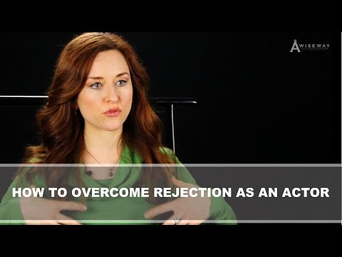 Amy Walker Shares How She Overcame Fear and Rejection as an Actor
