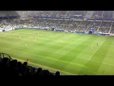 Real Oviedo 2 - Cádiz 1; gol de Christian Fdez
