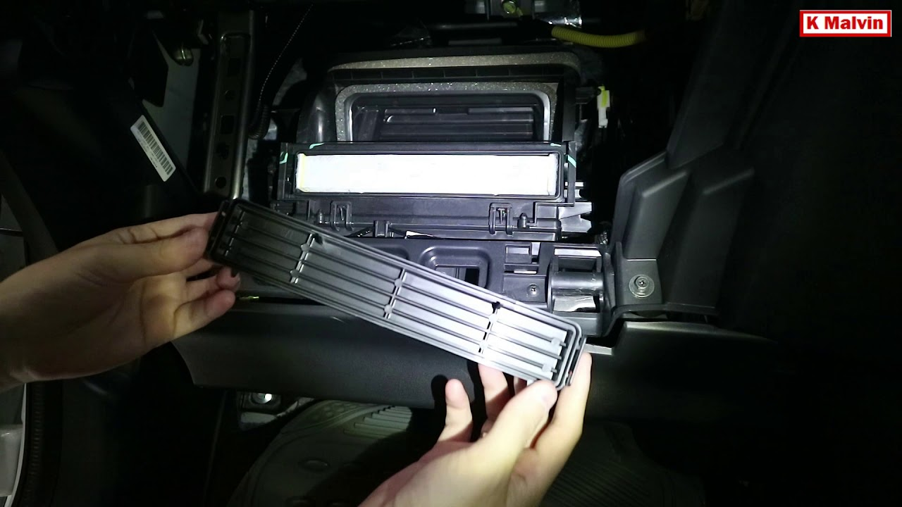 Cabin Air Filter >> TUTORIAL REPLACE / CHANGE AC CABIN FILTER HONDA JAZZ/FIT - YouTube