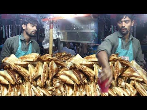 Pakistani Street Food In Karachi | Non Stop Sandwich Maker | People Are Crazy For Chicken Sandwich