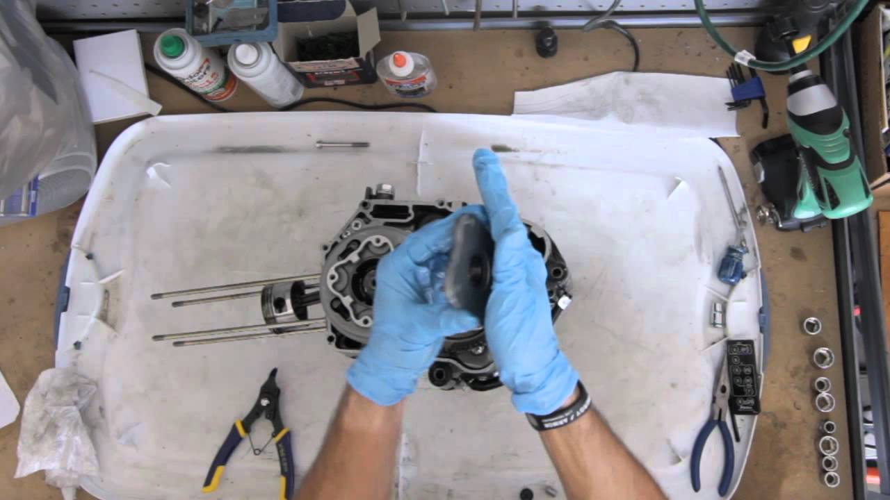 Reassembly of an engine starting only on neutral (50 to 125cc) 3817
