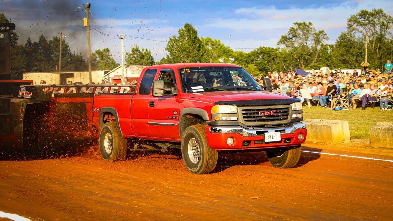 Street Diesel 4x4 Trucks at Farmville August 31 2019