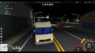 ROBLOX - CRAZY RV VS. POLICE ON ULTIMATE DRIVING!