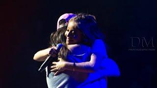 Karol Sevilla y una fan cantan el Roast Yourself Challenge en VIVO | #KarolFanExperiencePerú