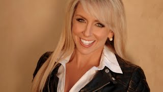 How to Build an Online Community with Chalene Johnson