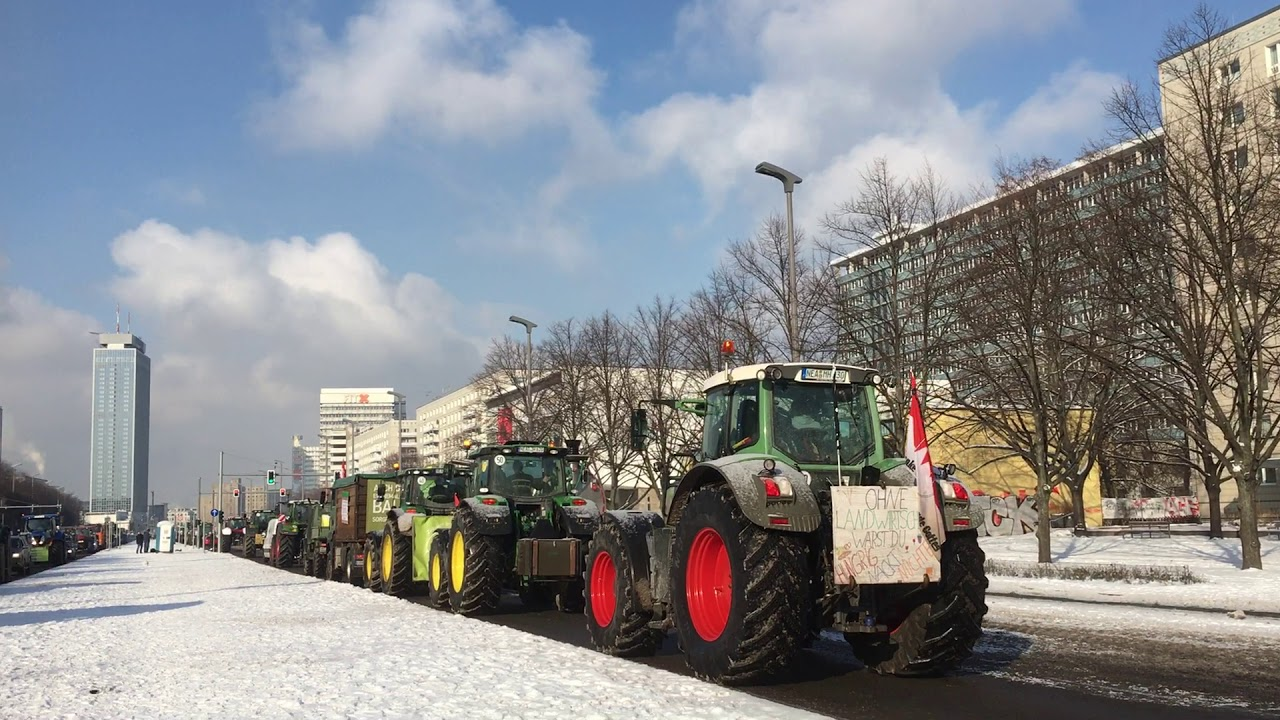 Download Farmers' Protests in Berlin 11th February for fair trade - Bauernproteste