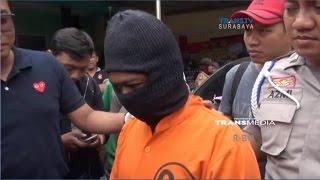 Video Pelaku Pembunuhan Sopir Taksi Online Ditangkap, Salah satunya TNI Aktif download MP3, 3GP, MP4, WEBM, AVI, FLV Oktober 2018