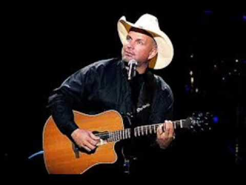 """""""Two Pina Colada's""""  A Garth Brooks song, sung by Russ Littler"""