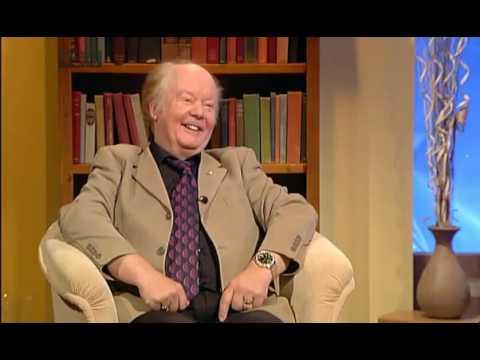 Comhrá,Alan Titley, Corcaigh, scríbhneoir,léachtóir, Coláiste Phádraig,TG4,2013