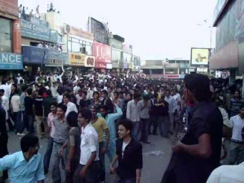 Pak Vs India Match, Crowd Gathering At Jinnah Super Market, Islamabad