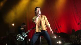 The Last Shadow Puppets - Moonage Daydream (Bowie Cover) live @ Bournemouth International Centre