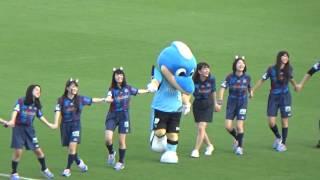 Jリーグ女子マネ 佐藤美希&VFクイーン ヴァン君体操.