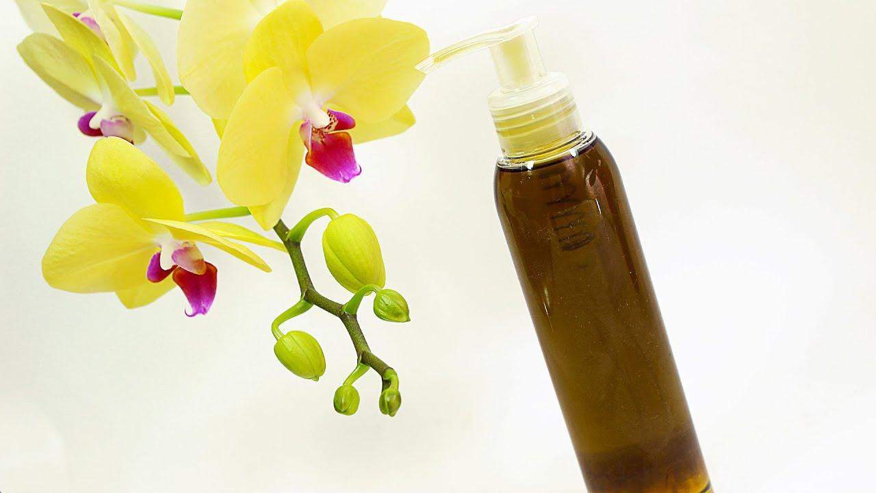 Гидрофильное масло предназначено для снятия макияжа с лица главным образом с глаз. Это масло не только превосходно очищает, но и питает.