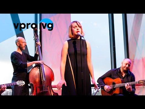 Kim Hoorweg & Robin Nolan Trio - Si Tu Vois Ma Mere (live @Bimhuis Amsterdam)