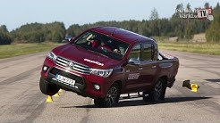 The new Toyota Hilux 2016 fails moose test