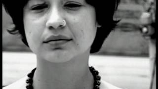 Γλυκερία - Πάρε με απόψε πάρε με | Glykeria - Pare me apopse, pare me - Official Video Clip