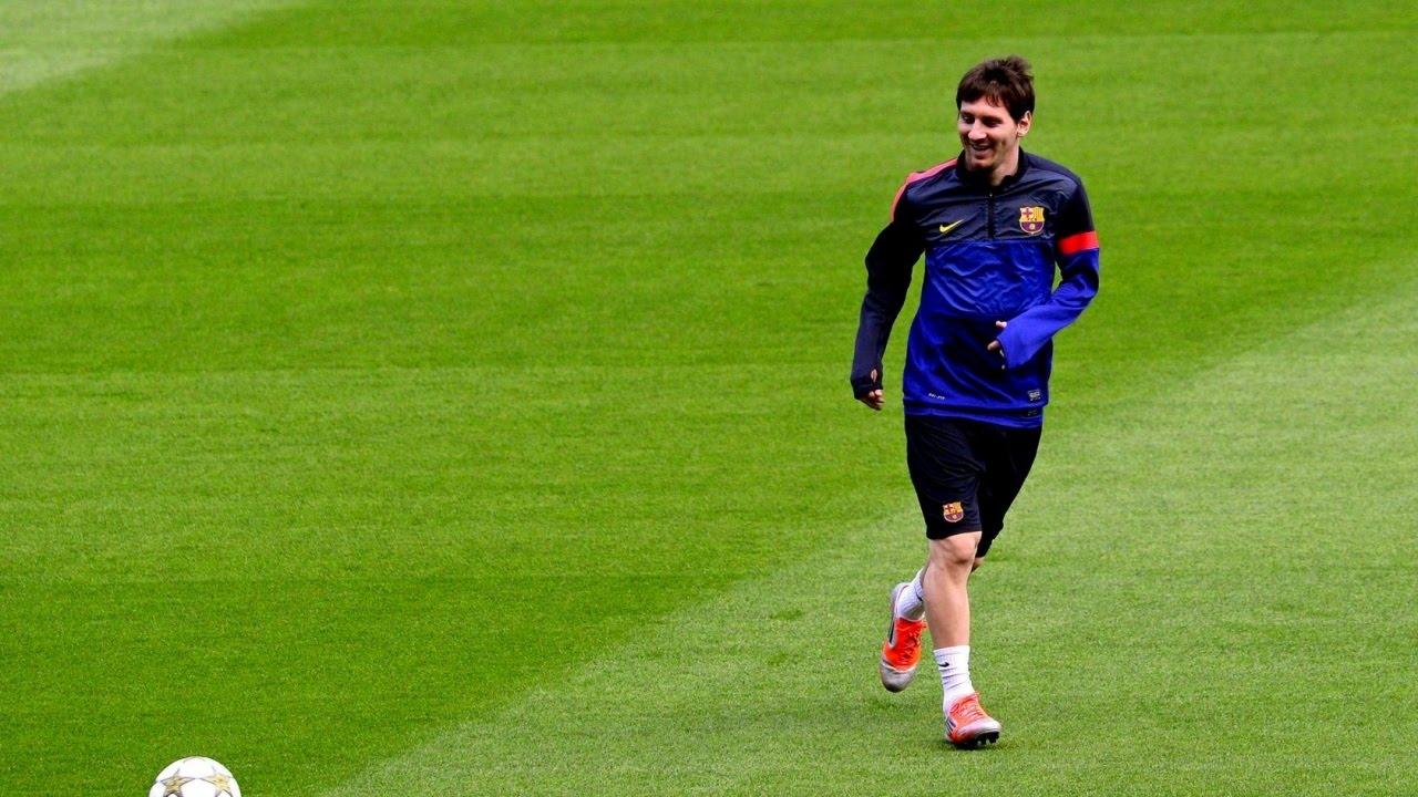 Download Lionel Messi ● Unbelievable UNSEEN Goals  ► Messi Rarest/Least Seen/Never Seen before Goals ||HD||