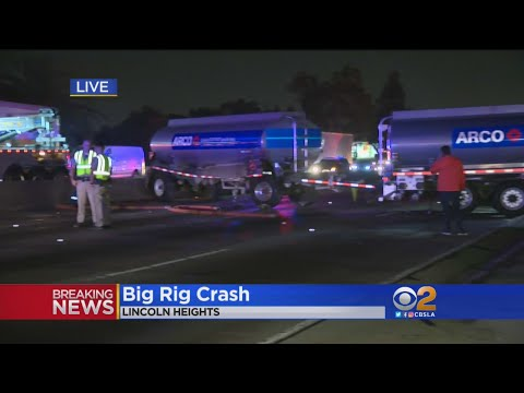 Big Rig Crash Shuts Down Northbound 5 Freeway