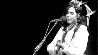 PJ Harvey - Bitter Branches (HD Live) @ Paradiso Amsterdam May 30, 2011