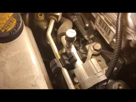 How To charge air conditioning on a Toyota Prius or similar