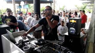 "Tone of Arc (aka Dead Seal) Live @ BPM Festival ""Radio Flower"""