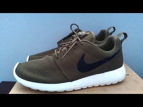 size 40 9e500 00199 Nike Roshe Run