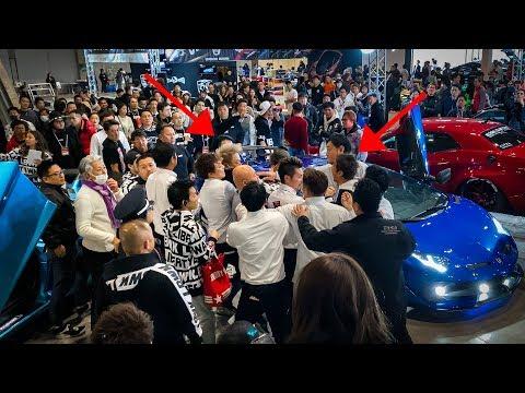 FIGHT BREAKS OUT at Tokyo Auto Salon...Liberty Walk vs Morohoshi Crew