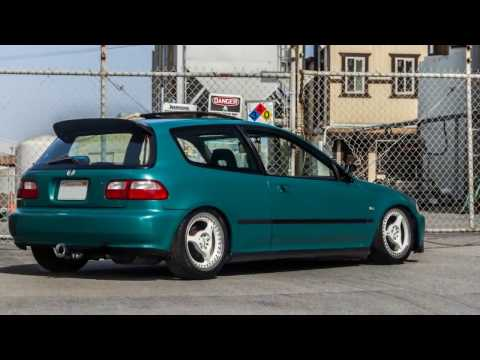 Subcompact Car - Honda Civic EG - Green & Clean