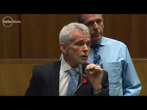 Malcolm Roberts rants at media during climate change denial press conference