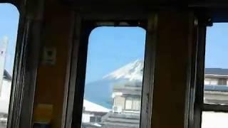 【前面展望】富士山のよく見える岳南電車 thumbnail