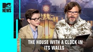'The House with a Clock in its Walls' Cast Play 'This or That' | MTV News