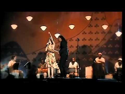 Gilberto Gil e Marjorie Estiano - Chiclete com Banana