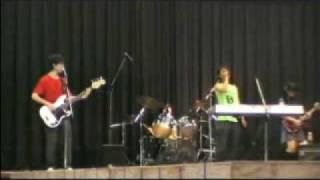 RADIANTRAINSの学園祭2日目のLIVEです!