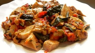 Herb Chicken with Tomato, Spinach & Basil