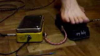 76 Color Sound wah  x  Thomas Chicago Cry Baby