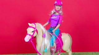 Download Video Binici Barbie ve Güzel Atı MP3 3GP MP4