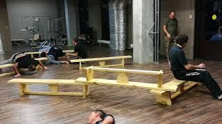 Нижняя акробатика через препятствия