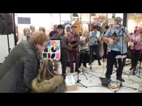 SUM at The Big Busk 2017 Surfin' USA