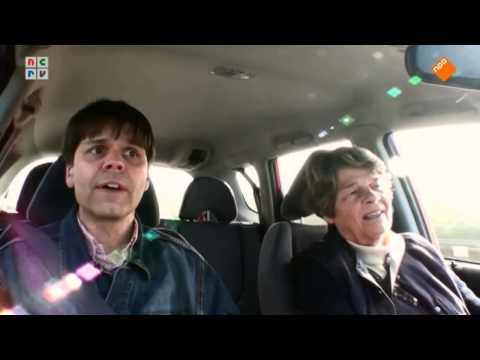 Het beste voor Kees scheldend in de auto