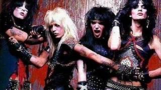 Mötley Crüe- Five Years Dead