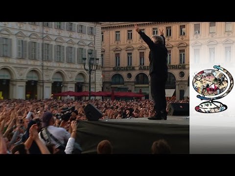 Meet the Clown Prince of Italian Politics (2008)